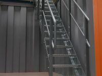 Kontejner-pro-upravu-odpadni-vody-Bernegger-schody